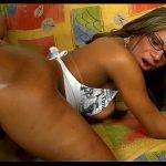 Pornô com loirinha transex brasileira gemendo na pica